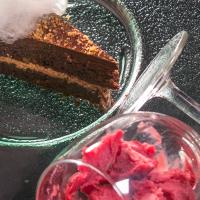 Торта с орехов меренг